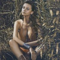 """Novela """"Velho Chico"""": Marina Nery, par romântico do Rodrigo Santoro, e as melhores fotos da modelo!"""