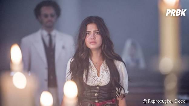 """Em """"Velho Chico"""", Afrânio (Rodrigo Santoro) bate em Maria Tereza (Julia Dalavia) ao descobrir namoro secreto com Santo (Renato Góes)"""