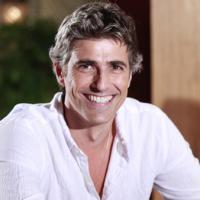 """Reynaldo Gianecchini fala sobre """"Em Família"""" e cabelo branco : """"As pessoas amam"""""""