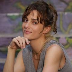 """Novela """"Totalmente Demais"""": Sofia (Priscila Steinman) dopa famíla e rouba grana com ajuda de Jacaré!"""