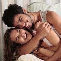 """Rodrigo Simas e Juliana Paiva, de """"Além do Horizonte"""", se elogiam nos bastidores"""