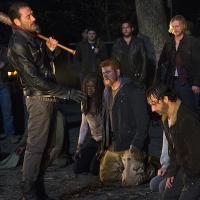"""Final """"The Walking Dead"""": após morte misteriosa, detalhes da 7ª temporada são revelados!"""