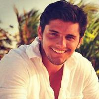 """Bruno Gissoni, ator de """"Em Família"""", revela que odeia DR: """"Acho um saco"""""""