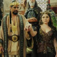 """Novela """"Os Dez Mandamentos"""": na 2ª temporada, Betânia (Marcela Barrozo) é obrigada a casar com rei!"""