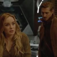 """Em """"Legends of Tomorrow"""": na 1ª temporada, Savage busca por filha e quer vingança em novas cenas!"""