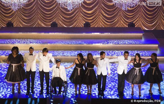 """""""New Directions"""" nas Nacionais em Los Angeles, episódio 11 da quinta temporada de """"Glee"""""""
