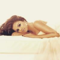 Playlist: Selena Gomez, Justin Bieber, Anitta e as melhores músicas para superar o fim de um namoro!