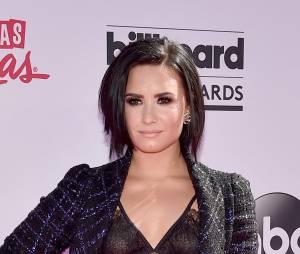 Demi Lovato é outra que também sempre arruma uma confusão nas redes sociais