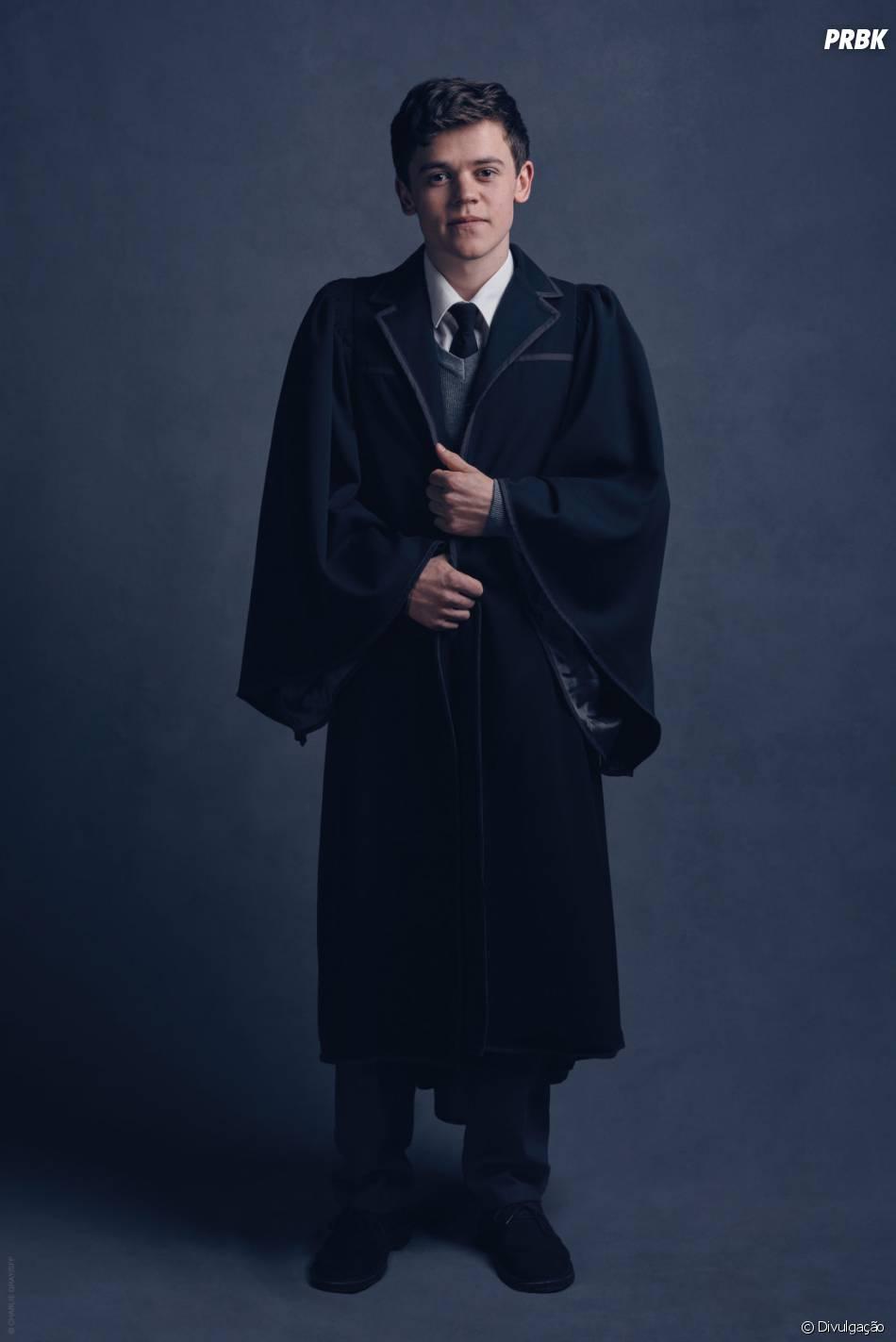 "Sam Clemmett vai interpretar Alvo Severo Potter na peça inspirada em""Harry Potter"""