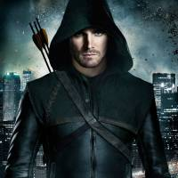 """Arqueiro Verde em """"Liga da Justiça""""? Stephen Amell, de """"Arrow"""", revela se vai participar do filme!"""