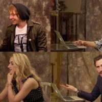 """De """"Harry Potter"""": Rupert Grint, o Rony, e outros atores do elenco fazem teste do Chapéu Seletor!"""