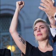 Lady Gaga chora em discurso sobre atentado a boate gay em Orlando