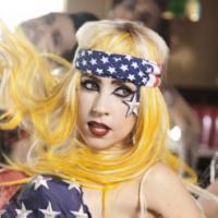 """Coreógrafa de Lady Gaga diz que cantora """"não tem ritmo"""", mas """"é destemida""""!"""