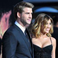 Miley Cyrus e Liam Hemsworth são fotografados de mãos dadas em Nova York