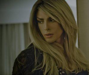 Cauã Reymond aparece na pele de uma travesti em um clipe da cantora Barbara Ohana