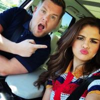 """Selena Gomez canta Taylor Swift e apronta todas com James Corden no """"Carpool Karaoke"""""""