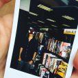 """Tom Holland vive fazendo brincadeiras sobre o herói mascarado de """"Homem-Aranha: Homecoming"""" em seu Instagram"""