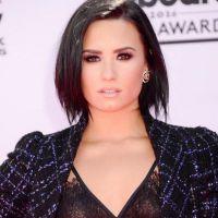 """Demi Lovato desabafa pelo Twitter e surpreende fãs: """"O mundo é estranho"""""""