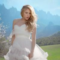 """Shakira vira noiva em fuga no clipe do single """"Empire""""!"""
