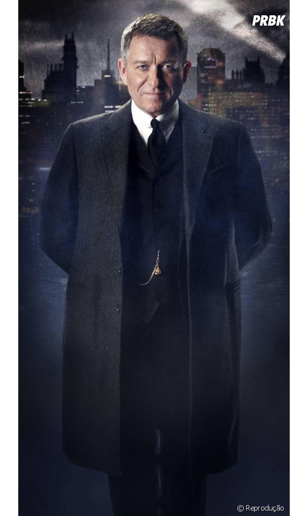 Sean Pertwee vai ser o mordomo Alfred, o fiel escudeiro de Batman