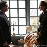 """""""Joia Rara"""": É romance no ar? Viktor levará Silvia para quarto de hotel!"""