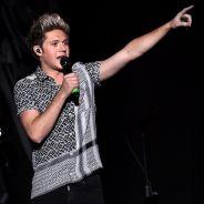 """Niall Horan, do One Direction, explode com fã que tirou uma foto sua dormindo: """"Isso é surreal"""""""