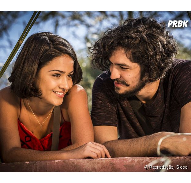"""Em """"Velho Chico"""", Miguel (Gabriel Leone) e Olívia (Giullia Buscacio) finalmente se beijam!"""