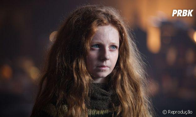 """Em """"Gotham"""", Clare Foley será substituída Maggie Geha como Hera Venenosa!"""