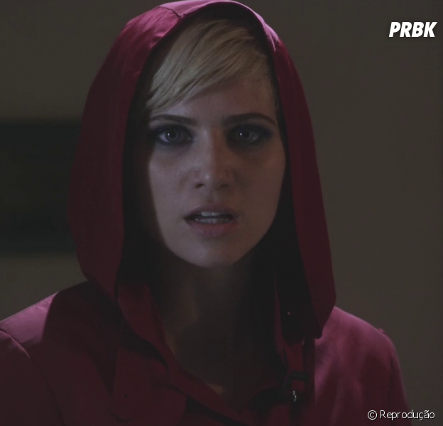 "Em ""Pretty Little Liars"", Sara Harvey foi encontrada morta!"