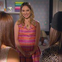 """Final """"Cúmplices de um Resgate"""": Manuela (Larissa Manoela) pede pra morar com Isabela na mansão!"""