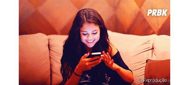 Quem não passa horas conversando com os amigos no Whatsapp?
