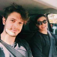 """Federico Devito e Arthur Nory juntos? Gatos são shippados no Twitter e youtuber desabafa: """"Chega"""""""