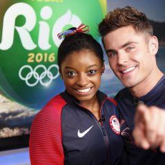 Zac Efron chega nas Olimpíadas Rio 2016 e conhece Simone Biles, campeã da Ginástica Olímpica!