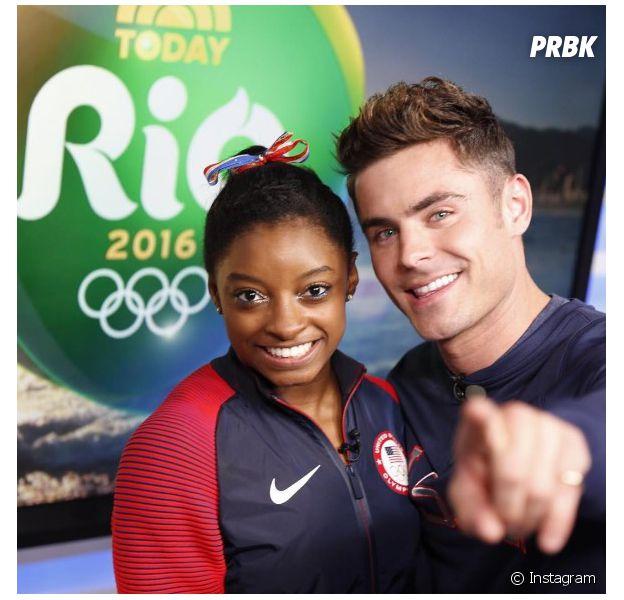 Zac Efron chega nas Olimpíadas Rio 2016 e conhece Simone Biles