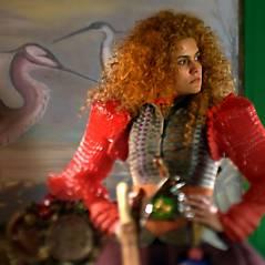 """Em """"Meu Pedacinho de Chão"""": Gina dará primeiro beijo em Doutor Renato!"""