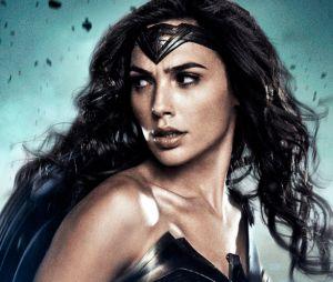 """Filme """"Batman Vs Superman"""": Mulher-Maravilha (Gal Gadot) aparece em foto lutando com vilão Apocalypse, sem efeitos especiais"""