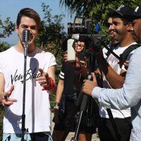 Sam Alves revela teaser de clipe inédito e promove contagem regressiva com fãs nas redes sociais!