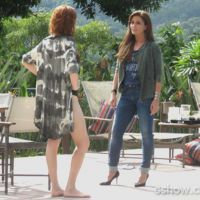 """Na novela """"Em Família"""": Clara discute com Vanessa por ciúmes! #clanessafail"""