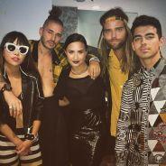 """Demi Lovato e DNCE cantam """"Toothbrush"""" ao vivo e enlouquecem fãs com surpresa. Assista!"""