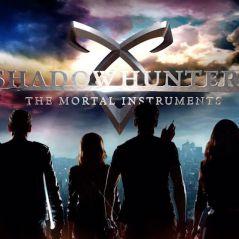 """De """"Shadowhunters"""": na 2ª temporada, série ganha dois trailers com cenas inéditas! Confira"""