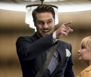 """Em """"The Flash"""": na 3ª temporada,Mestre dos Espelhos (Grey Damon) promete ser uma grande dor de cabeça para o herói"""