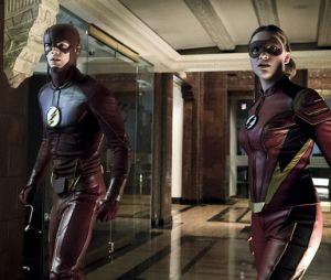 """Em """"The Flash"""": na 3ª temporada,Jesse Quick (Violett Beane) aparece uniformizada em novas fotos!"""
