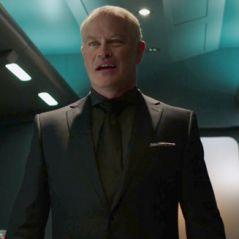 """Em """"Legends of Tomorrow"""": na 2ª temporada, Damien Darhk, vilão de """"Arrow"""", está de volta!"""
