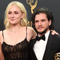 "De ""Game of Thrones"": Sophie Turner posta foto ao lado de Kit Harington no Instagram!"