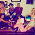 Festa de Halloween da Taylor Swift Camila Cabello, do Fifth Harmony, Gigi Hadid e mais famosas