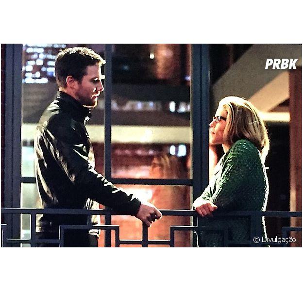 """Em """"Arrow"""": Oliver (Stephen Amell) e Felicity (Emily Bett Rickards) discutem relação em episódio!"""