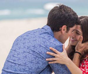 """No final de """"Haja Coração"""", Shirlei (Sabrina Petraglia) e Felipe (Marcos Pitombo) se casam"""