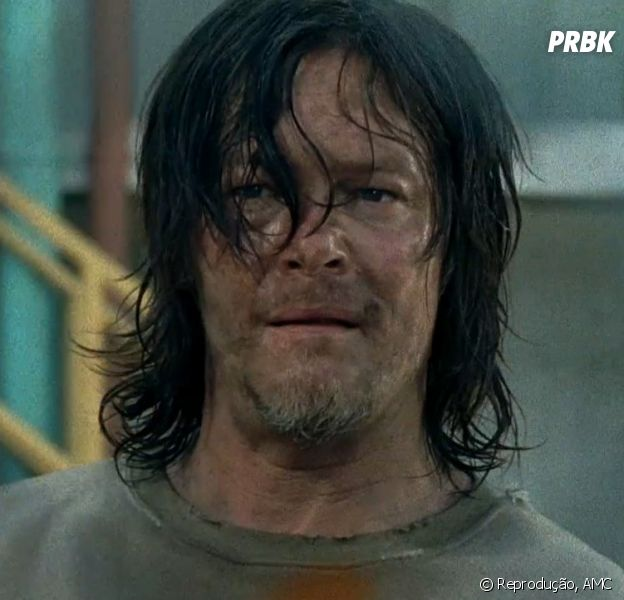 "Em ""The Walking Dead"", Daryl (Norman Reedus) é capturado por Negan (Jeffrey Dean Morgan) e humilhado pelos Salvadores no Santuário"