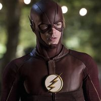 "Em ""The Flash"": na 3ª temporada, Barry (Grant Gustin) é surpreendido por Savitar e acaba preso!"