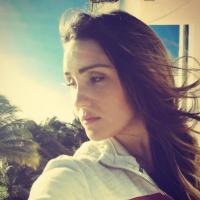 Dulce Maria no cinema? Cantora posta foto misteriosa no Instagram e fãs piram!